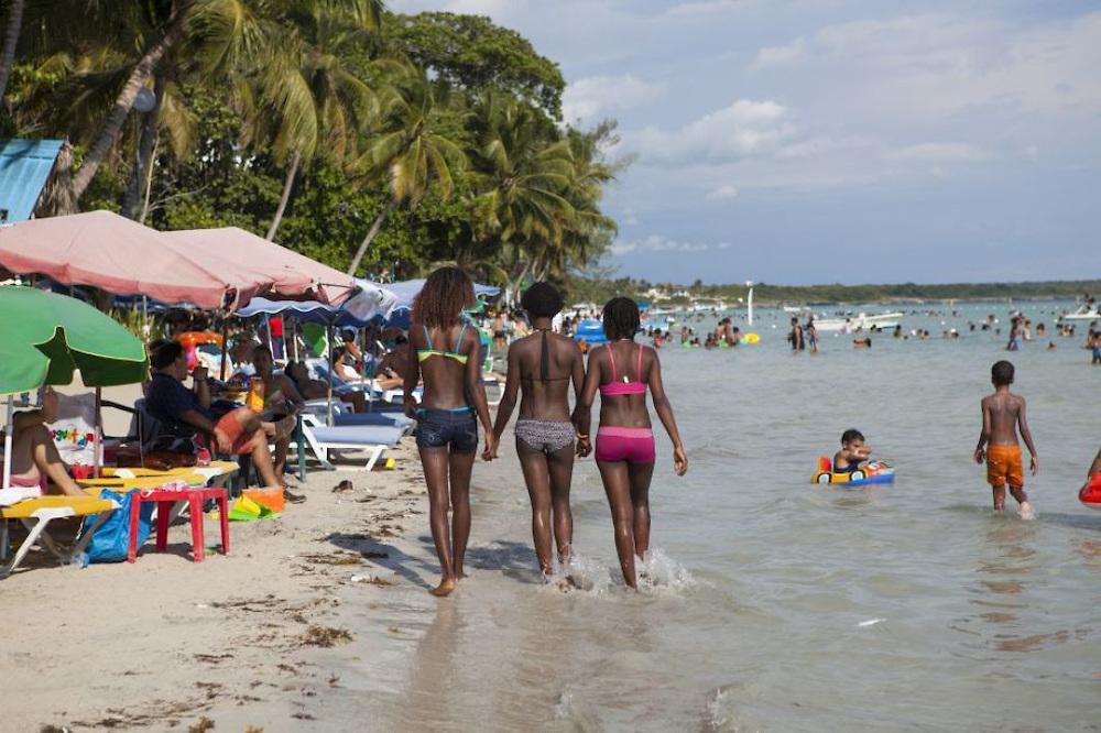 Paseando por las playas brazil 02 - 3 part 6
