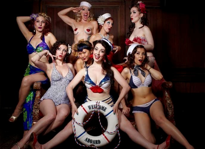 Nightlife in Prague: Burlesque show – playful & sexy