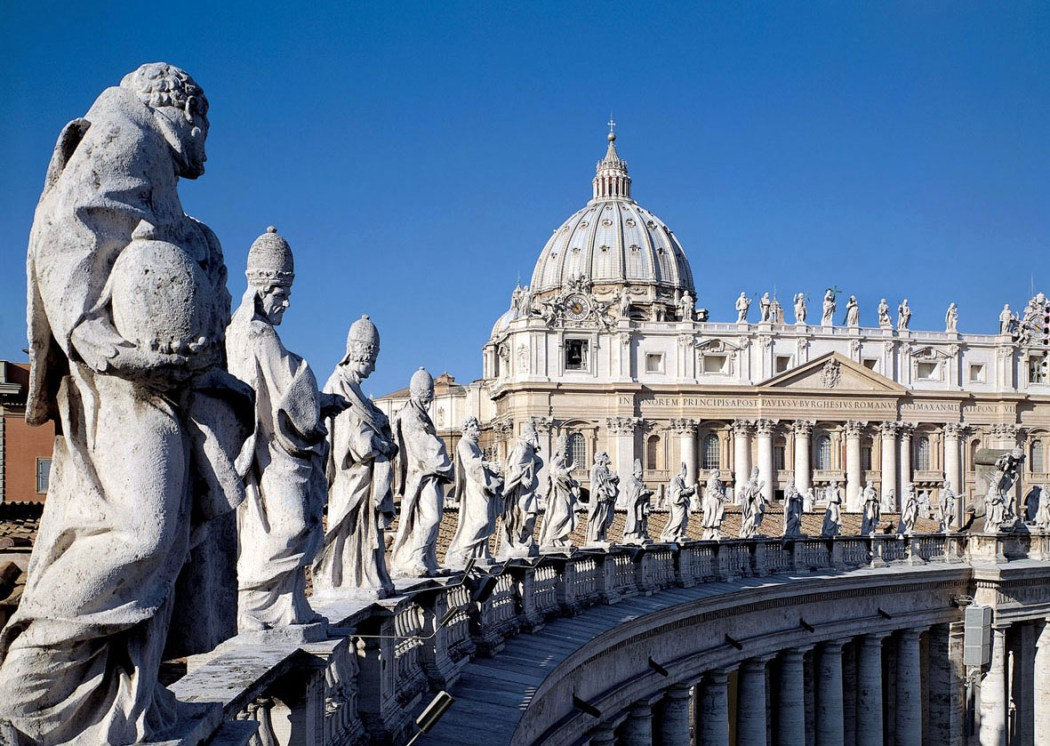 Ave, Vatican! Climb up St. Peter's cupola? Simply the challenge!